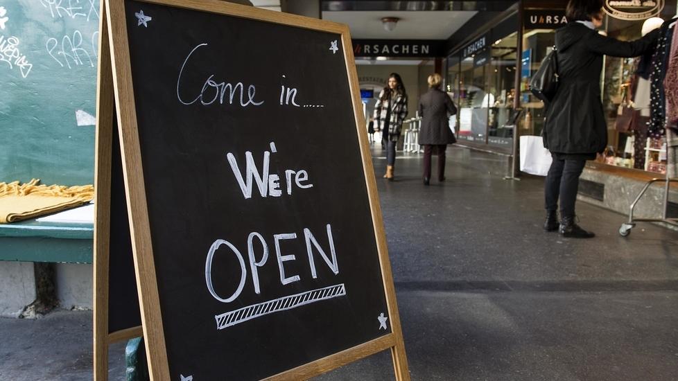 Gleichlange Spiesse für E-Zigaretten und Ladenöffnungszeiten